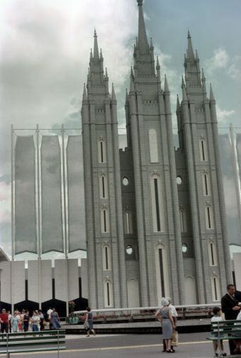 October_2006_1-37_Mormon_Pavilion