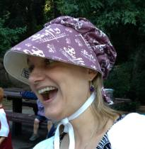 The lovely Jana modeling a subversive bonnet.
